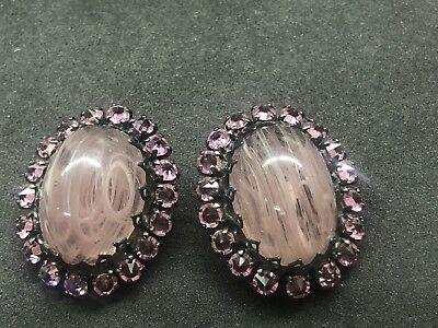 VINTAGE SCHREINER INVERTED PINK RHINESTONE & ART GLASS CLIP ON EARRINGS unsigned