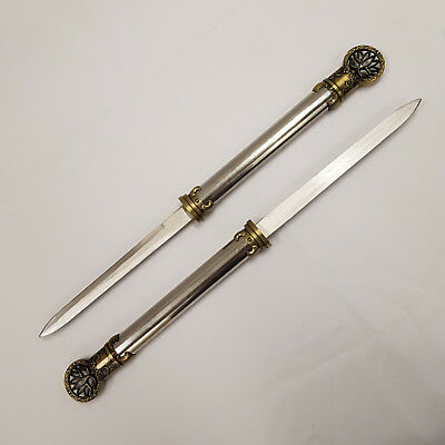 New Twin Lotus 440 Stainless Steel Blade Knives/Swords