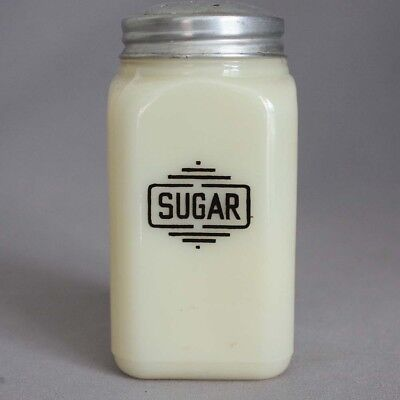 Vtg All Original McKEE CUSTARD GLASS SQUARE SUGAR SHAKER Art Deco RANGE SIZE