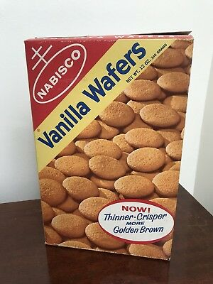 Vintage 1965 Nabisco Vanilla Wafers Box Cookies Food Grocery Store Advertising