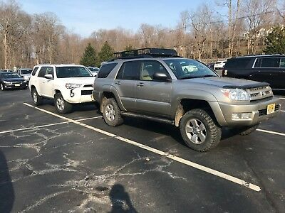2004 Toyota 4Runner SR5 Lifted modified 2004 Toyota 4Runner SR5 Low miles, Center diff lock