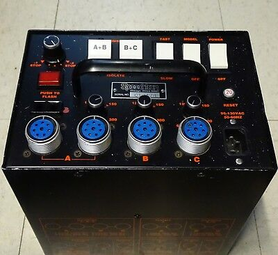 Speedotron Black Line 1205 Power Pack Very Good Condition.  Hardly used.