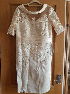 """Mother Of The Bride Dress                  """"stacees""""         Ivory Size 12"""