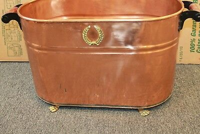 Vintage Copper Large Boiler Wash Tub with Wooden Handles nice & shiny  claw feet