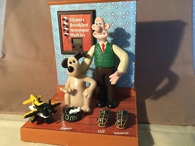 wallace and gromit Talking Radio Alarm Clock w/box