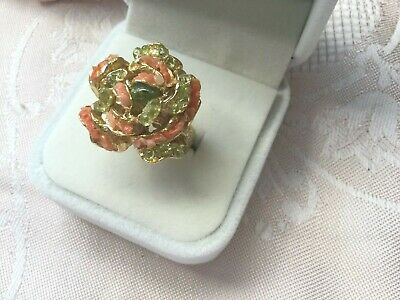 Antique Vintage Pele Gold Ring Coral Shell and Peridot Olivine Jewelry Hawaiian