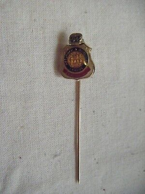 Returned Services League Australia lapel pin and 1994 year clip.