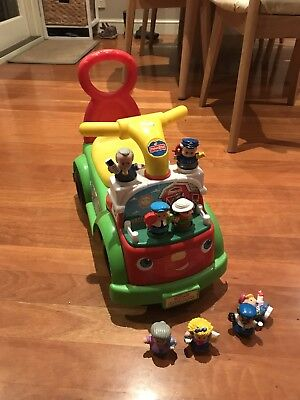 Fisher Price Car & Little People X 8