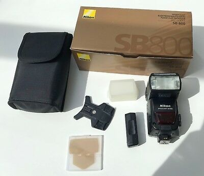 Nikon SB SB-800 Speedlight Shoe Mount Flash - Boxed and in Very Good Condition