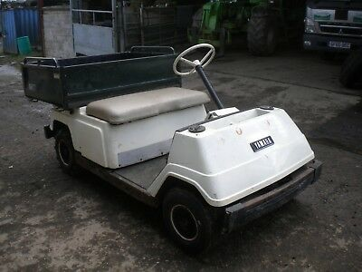 Yamaha golf buggy...modified...pickup bed & ag grip tyres...........£650 NO Vat