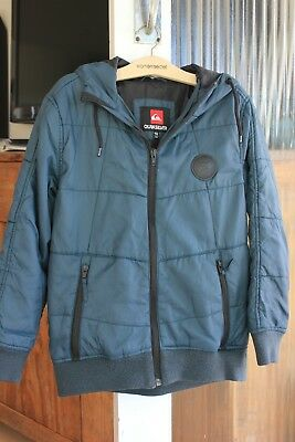 Boys teal Quiksilver hooded puffer style jacket size 10, excellent condition