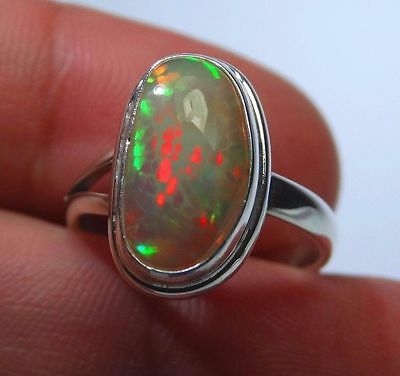 Honeycomb multicolor Welo opal. 2.7 ct  Top  Fire !