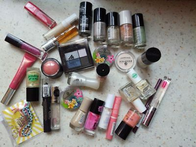 lot mixtes maquillage NEUF 30 articles.catrice,essence,Manhattan......
