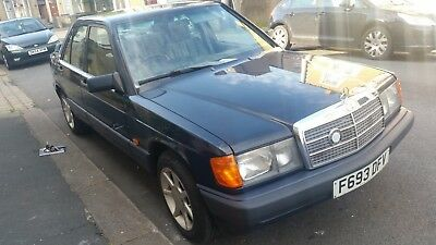 1989 mercedes 190. carbed. good runner. 2.0 petrol. Blue.  classic