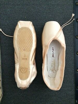 Grishko ProFlex Pointe Shoes, Size 5 XXXX (Brand New)