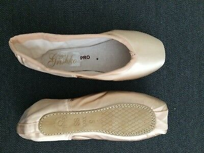 Grishko Pro Quiet 2007 Pointe Shoes, Size 5 XXXX Soft Shank (Brand New)