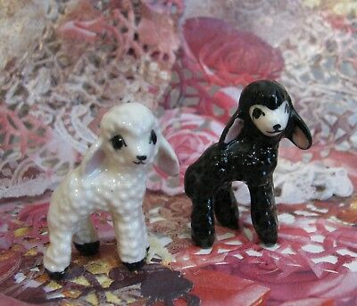 Lot of 2 1940s Hagen Renaker Miniature Black & White Baby Lamb Sheep Figurine