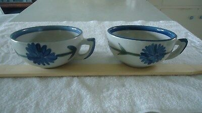 LOUISVILLE STONEWARE (2) BACHELOR BUTTON 16 oz soup/cereal BOWLS with HANDLES