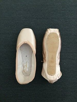 ***4 PAIRS*** Grishko 2007 Pointe Shoes, Size 5 XXX Soft Shank (Brand New)