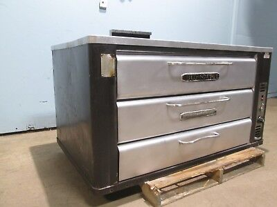 """blodgett 981"" H.d. Commercial Natural Gas Double Stacked Stone Decks Pizza Oven"