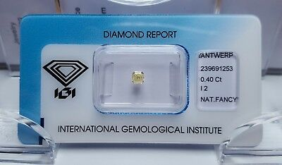 0.40 ct. Natural Fancy Light Yellow Diamant, Kissenschliff, IGI Zertifikat