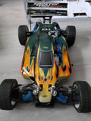 Carson Specter 2, 4WD 1:8 RC Verbrenner Buggy