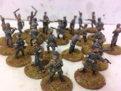 x24 WW2 Police Battalion - Strelets- Painted 1/72