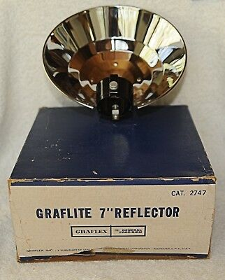 Graflex Graflite 7 Inch Flash Reflector (1950's or 1960's) NOS
