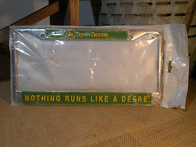 "John Deere ""Nothing Runs Like A Deere"" License Plate Frame Green/Yellow Tractor"