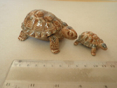 WADE: Tortoises (2) 1 Large tortoise with lid 1 small solid. Wade Whimsies.