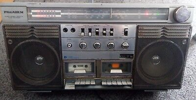 Sankei TCR -S 90 H Stereo Double Cassette Radio Recorder