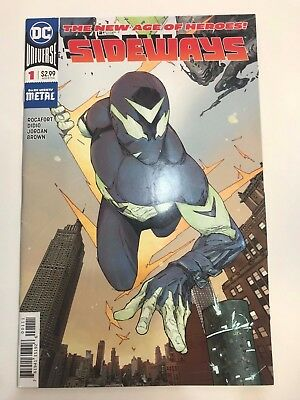 SIDEWAYS 1 NM NEW DC AGE OF HEROES VERTICAL FOLD OUT FIRST 1st PRINT 2017