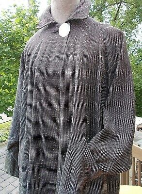 Dynamite knobby wool swing coat...super design details...large button  c. 1950