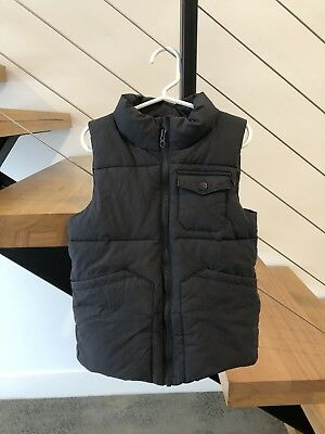 Country Road boys puffer vest - Size 6-7 - EUC!!!