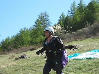 2 Week Beginners Paragliding Course In France
