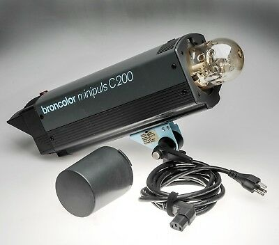 Broncolor Minipuls C200 with Bulbs, Dome, Cap and Power Cord -1500WS Mono Pulso