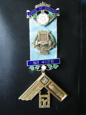 SILVER  Masonic  PAST MASTER Jewel   LODGE OF CONCORD No. 4126   YORKSHIRE  Prov