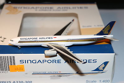 JC Wings Singapore Airlines Airbus A330-300 1:400 OVP