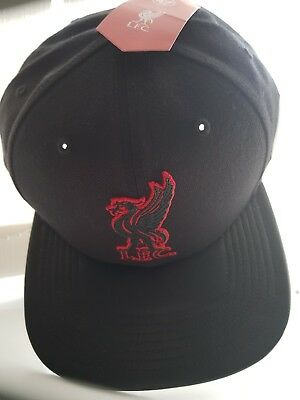 Bnwt cap snapback hat official Lfc 47  Liverpool Football Club Adult Black Red