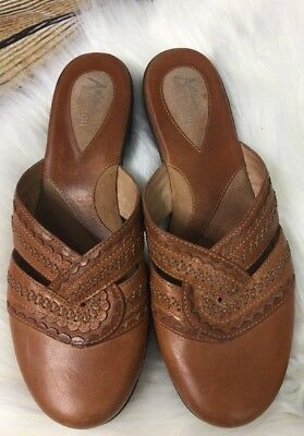 Clarks Artisan Collection Size 9 1/2 M Brown Leather Sandals Mule Shoes