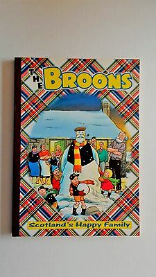 The Broons 2002. 2001 D.C.Thomson. Very good condition in stiff covers.