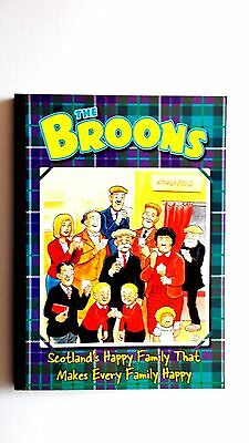The Broons 2004. 2003 D.C.Thomson. Very good condition in stiff covers.