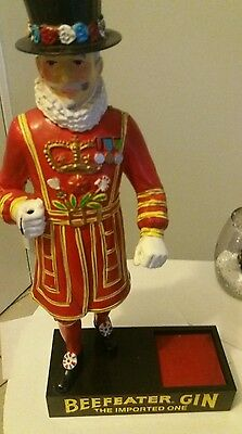 Vintage Beefeater Gin Statue Display/Stand -  Bar Guardsman