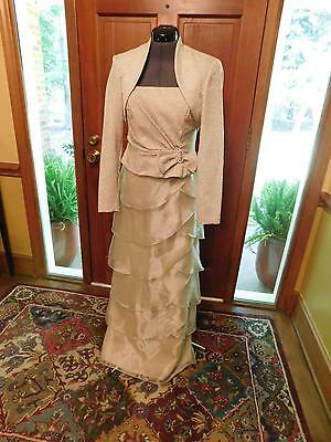 Gorgeous Mother Of The Bride Or Groom Beige 2-Piece Formal Gown Emb Poly Size 6