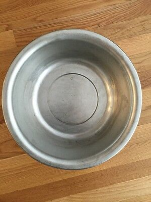 VOLLRATH 9 Quart Stainless Steel Wash Basin Pan Bowl 87360 SS Medical Surgical