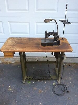 Union Special 1800 AA Sewing Machine With Belt Drive great for denim or canvas