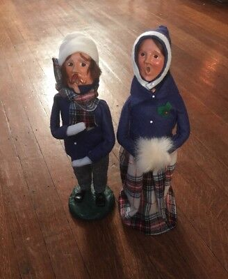 Byers Choice Vintage 1979 Man And Woman Carolers