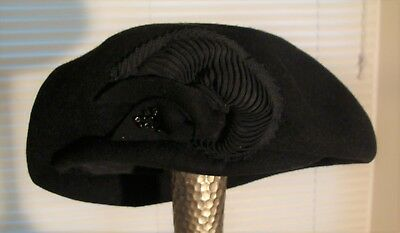 VINTAGE New Kap HENRY POLLAK Black 100% WOOL HAT WOMEN'S SIZE 22 Beads