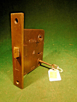 """VINTAGE CHICAGO MORTISE LOCK w/ KEY - 5 1/2"""" face RECONDITIONED! (10279-2)"""