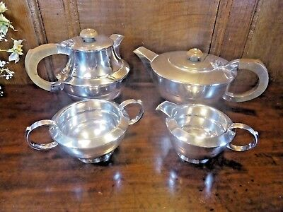 WONDERFUL Silver Plated WALKER & HALL 4 piece ART DECO TEASET - rarely used